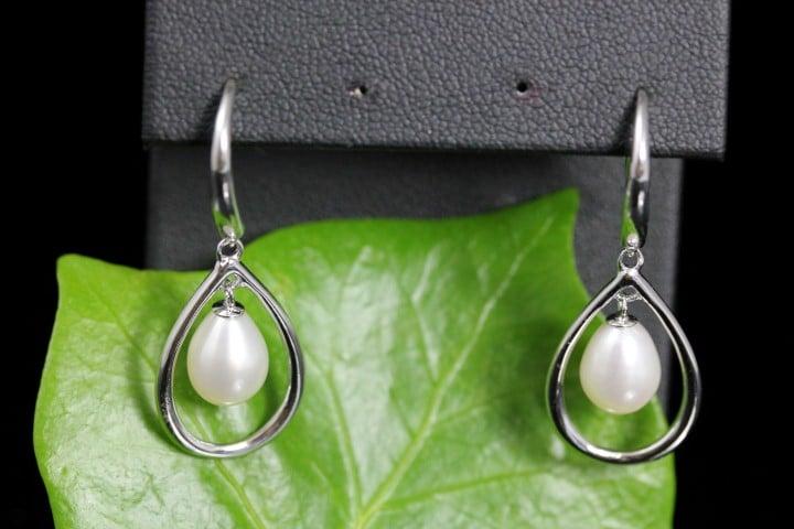 oorbellen met zilver en parels, inhaakmodel