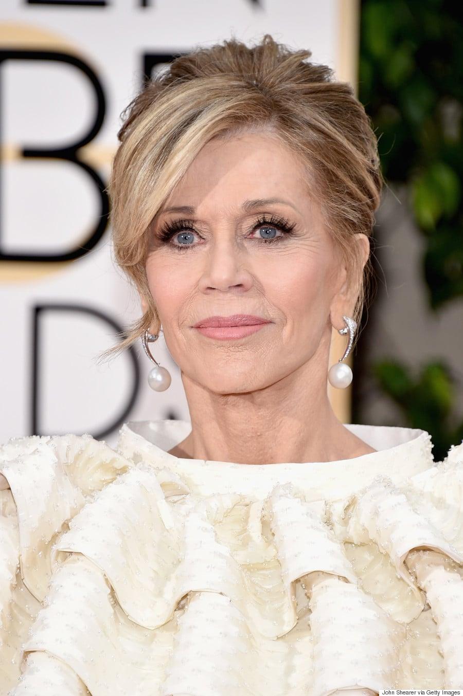 ook actrice Jane Fonda heeft prachtige pareloorbellen.
