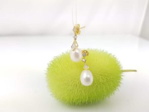 gouden oorbellen met echte parels