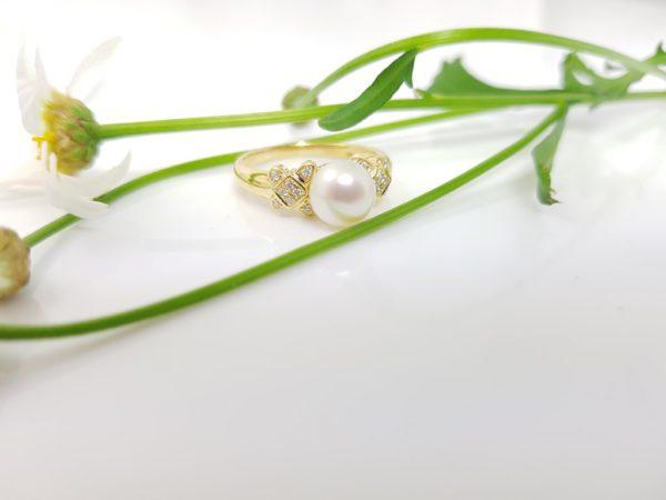 18k geelgouden ring met echte parel en diamanten