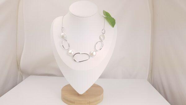 moderne zilveren halsketting met echte parels