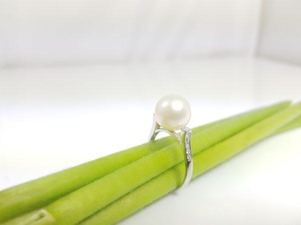 witgouden diamanten ring met echte parel