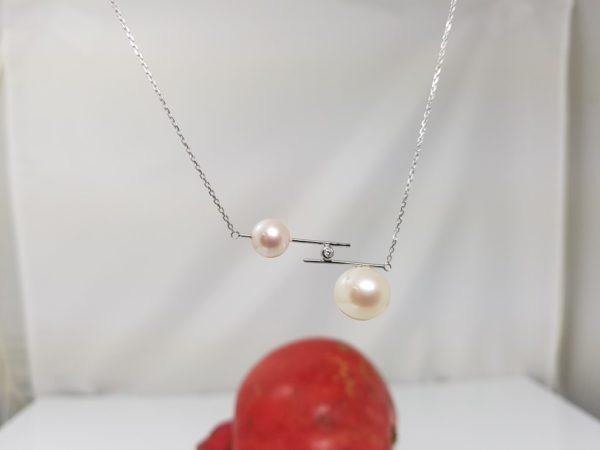 moderne ketting met echte parels en diamant