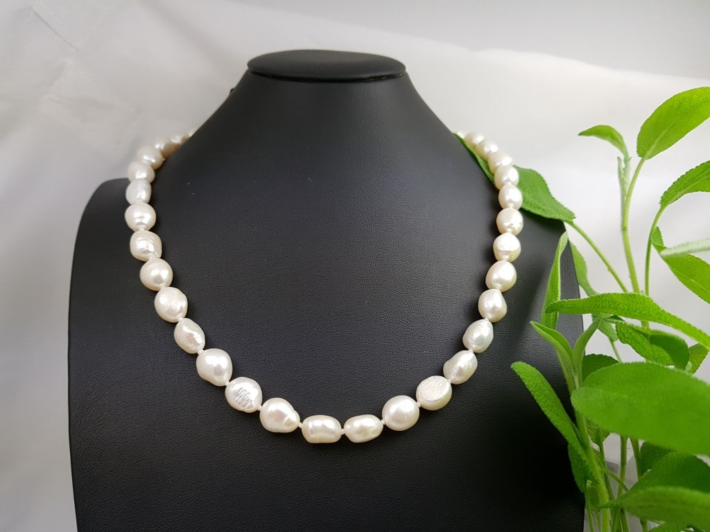 halsketting van barokke parels
