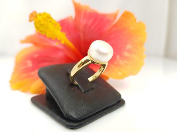 geelgouden ring met parel