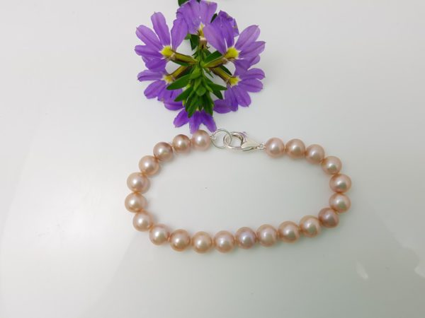 armband van roze ronde parels