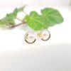 Gouden oorbellen met echte parels en diamanten