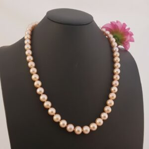 Ronde roze parelketting