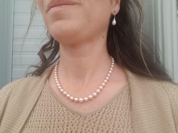 Ronde roze parelketting